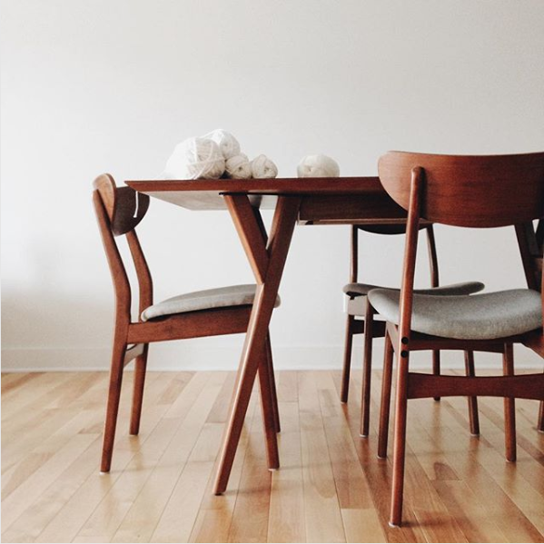 Awe Inspiring West Elm Classic Cafe Upholstered Dining Chair Review Ibusinesslaw Wood Chair Design Ideas Ibusinesslaworg